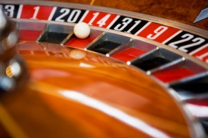 A spin of the roulette wheel can simulate consecutive losing trades